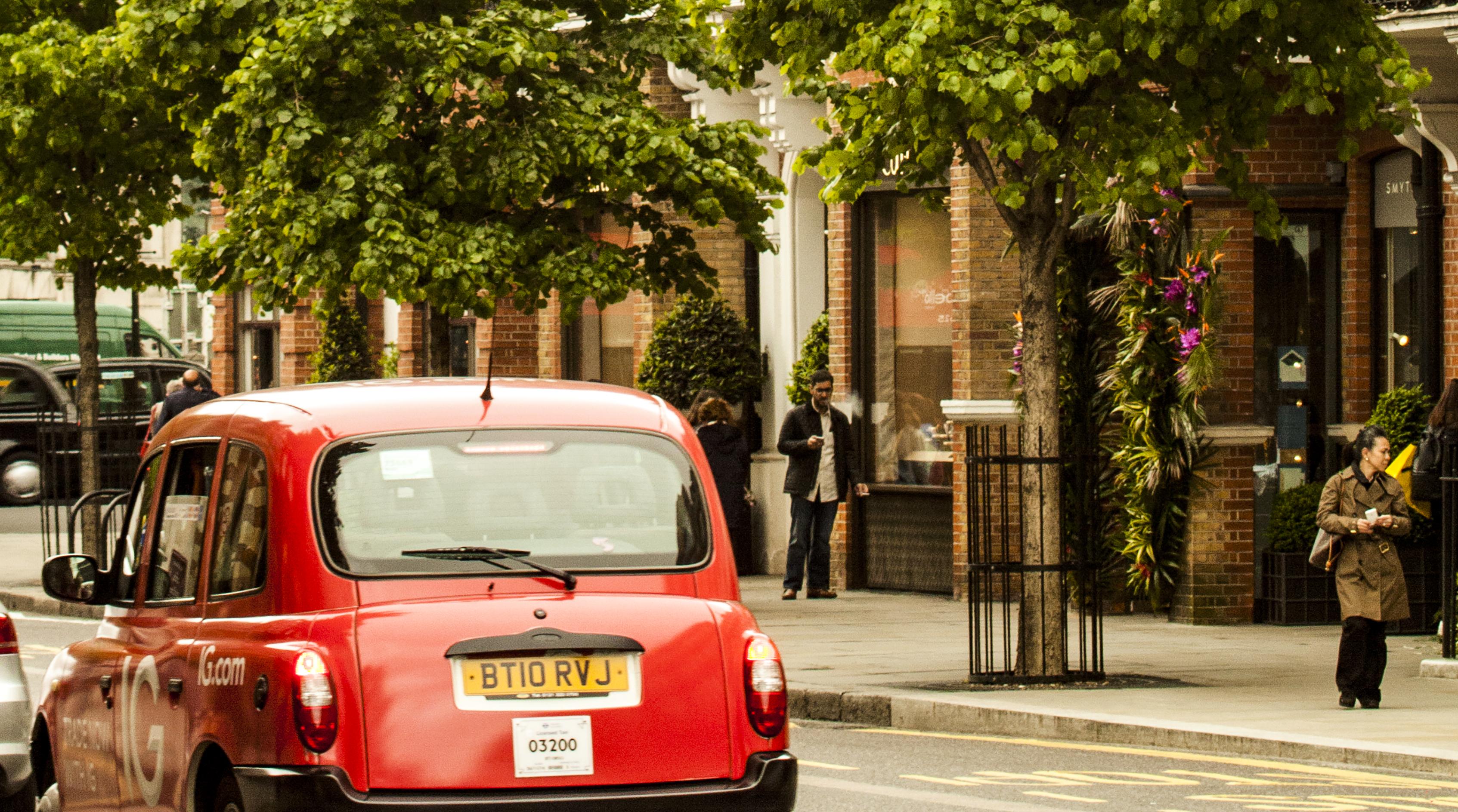 Calles de Kensington Ciudad de Londres. UK